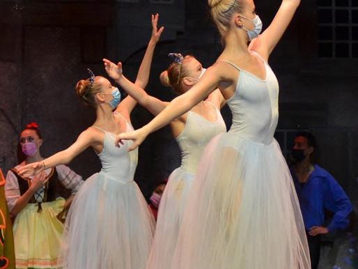 Grade 12 ballerina performs in 'Coppelia'