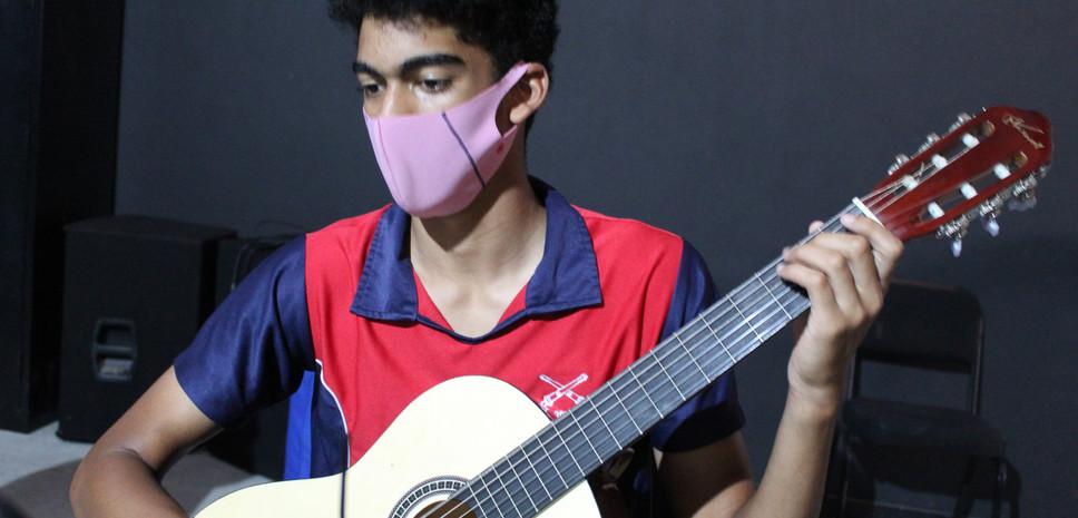 HS Guitar.JPG