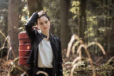 Anna-Shooting-5.jpg
