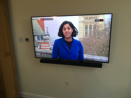 TV wall mounting in in Bridgend, Neath, Porthcawl, Port Talbot, Treorchy & Rhondda