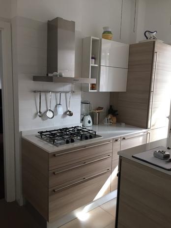 Cucina bianca_Legno