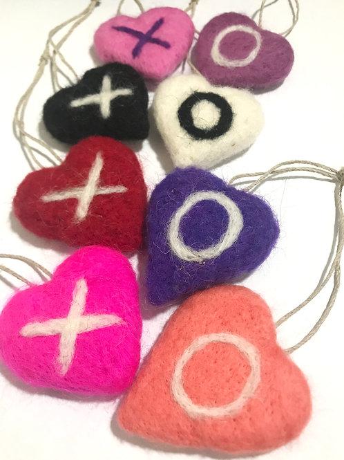 """""""XO"""" Hearts - Set of 2"""