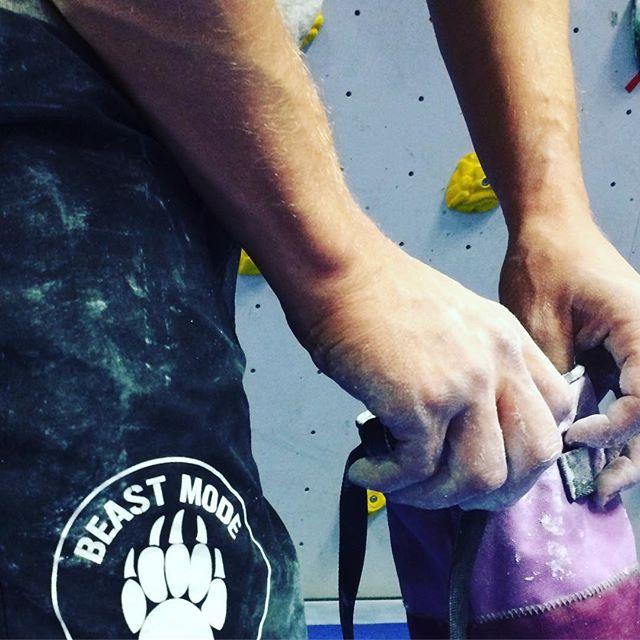 Fortsatt fokus på fingerstyrka och uthållighet i underarmarna + pannben