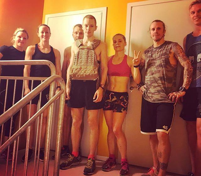 "A short ""team meeting"" with focus on endurance, pulse and building a team!_#underarmourscandinavia #"