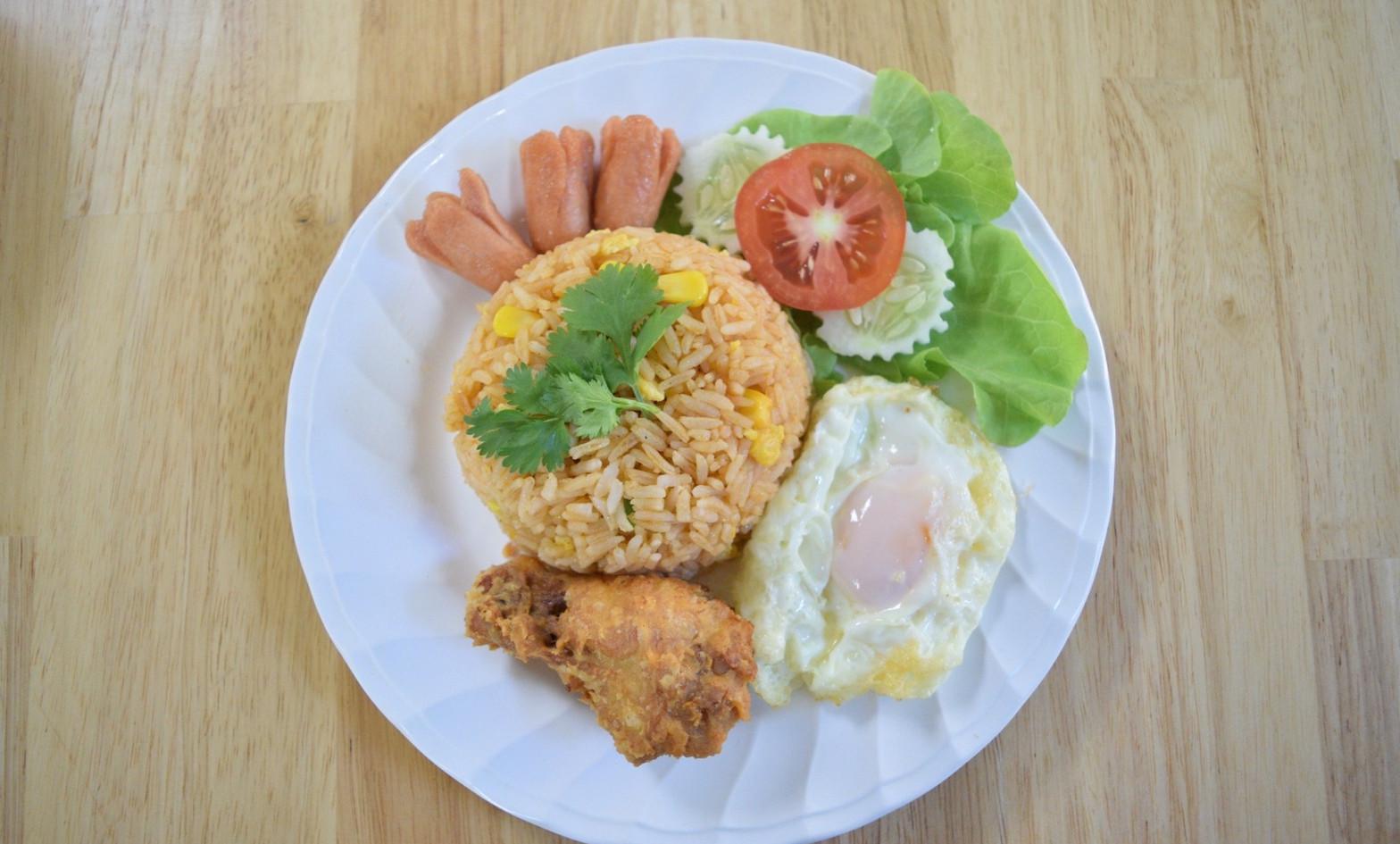 อาหารกลางวัน_201202_24.jpg