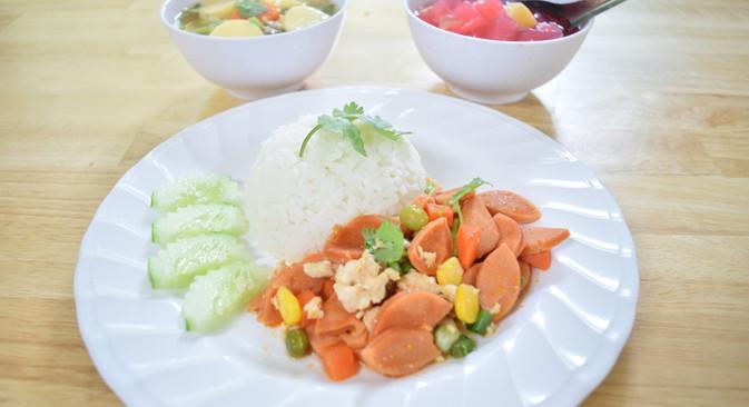 อาหารกลางวัน_201202_14.jpg