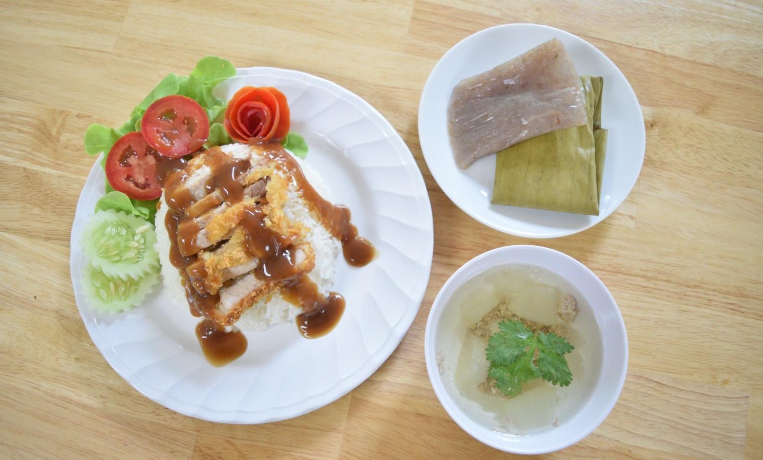 อาหารกลางวัน_201202_26.jpg