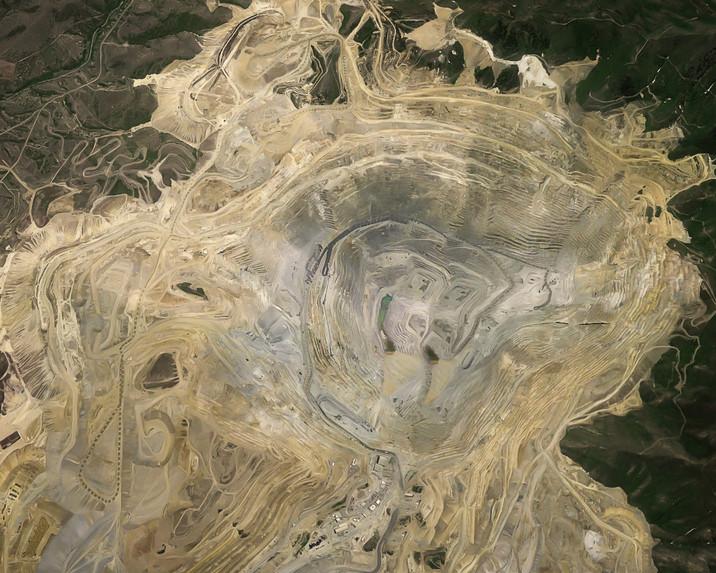 3.Bingham Canyon Mine-Editar.jpg