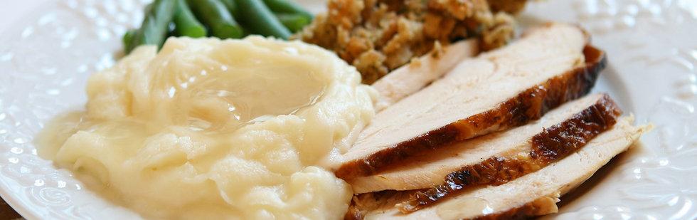 Traditional Turkey Dinner (serves 10)