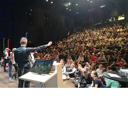 KVARK teadusteater show esinemine Mats Mikkor