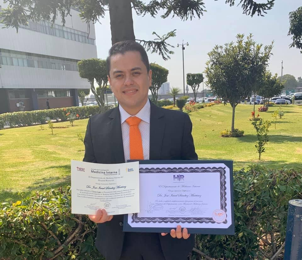 José Israel Sánchez, cierre académico de la Maestría en Medicina Interna.