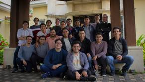 Residentes participan en un Retiro para Universitarios