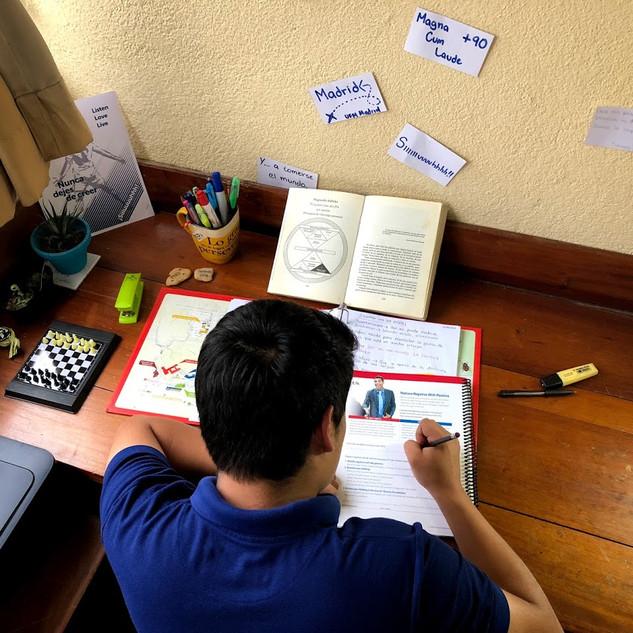 Habitaciones con áreas de estudio