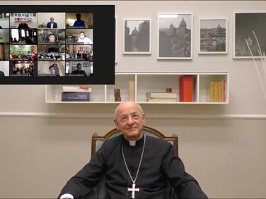 Tertulia internacional con el Prelado del Opus Dei