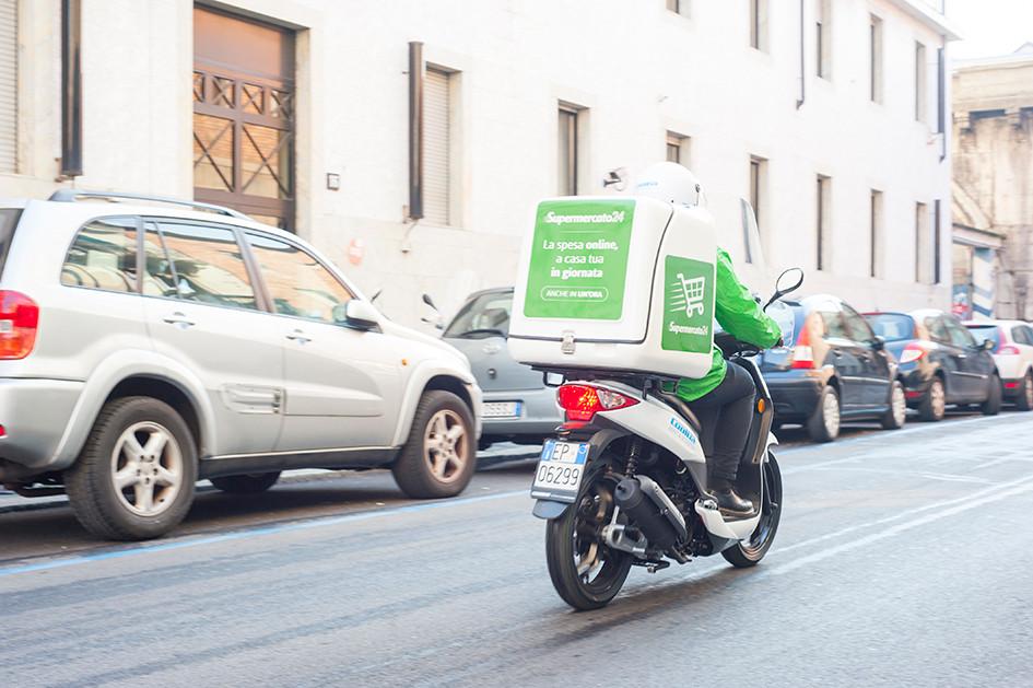 Scooter Cargo Trasporto pizza pacchi posta spesa
