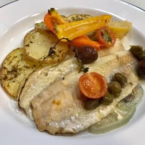 Flett tal-ħut il-forn, bil-ħwawar u patata