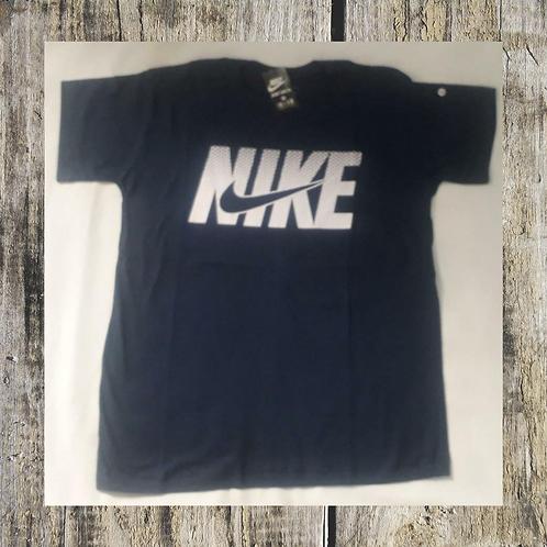 Camiseta NIKE preta M