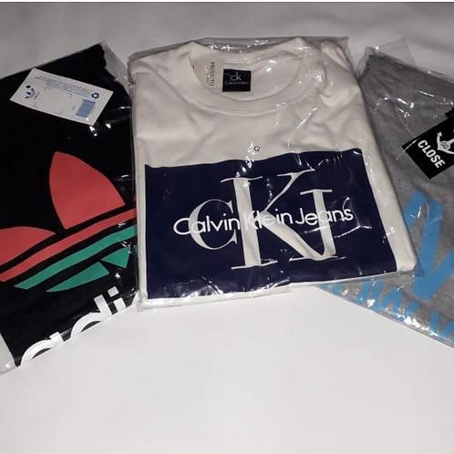 kit com 3 camisetas