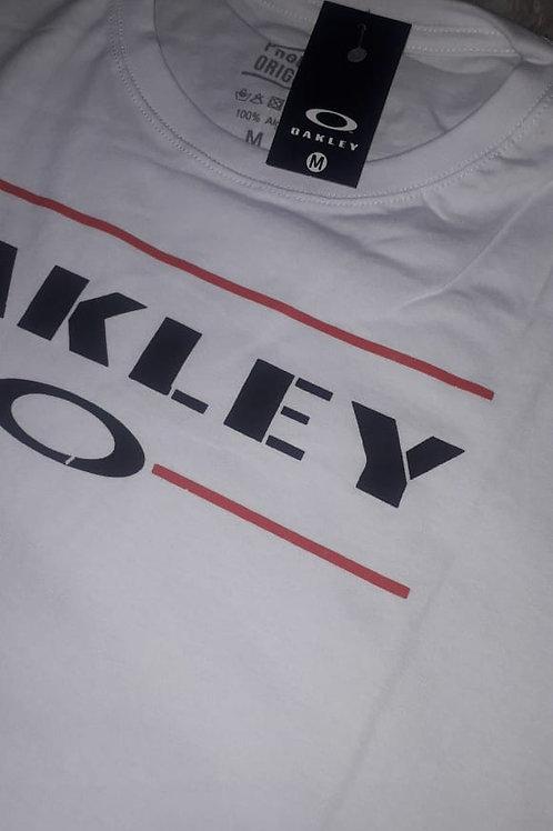 camiseta OAKLEY branca