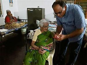 Donor Dhamo visit_edited.jpg