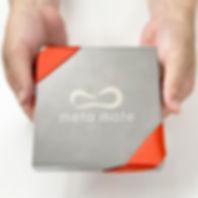 会社のロゴを刻印.jpg