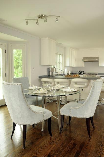 Contemporary kitchen, lacquer finish