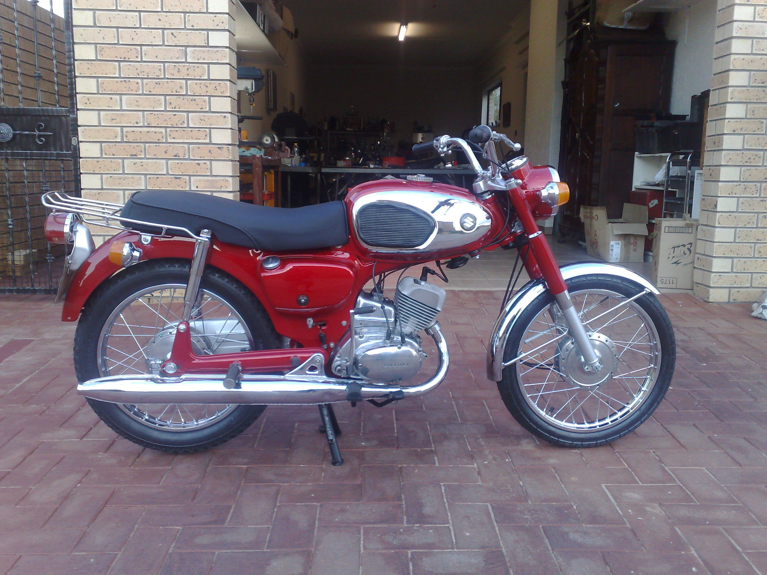 1969 Suzuki B120 after pic 1