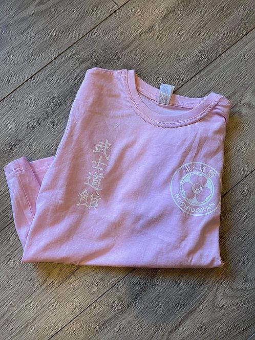 T-shirt: PINK