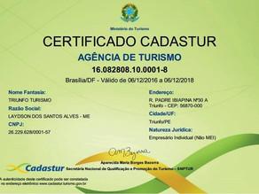 Agência Triunfo Turismo recebe certificado CADASTUR