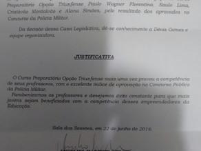 Câmara Municipal aprova moção de aplausos ao curso Opção Triunfense pelas aprovações no concurso da