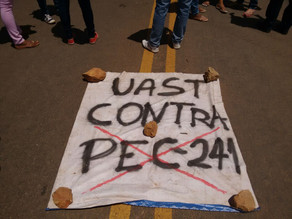 Alunos da UAST fecham BR-232 em Manifestação contra a PEC-241