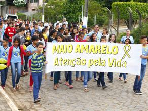 Movimento Maio Amarelo realiza passeata pela cidade