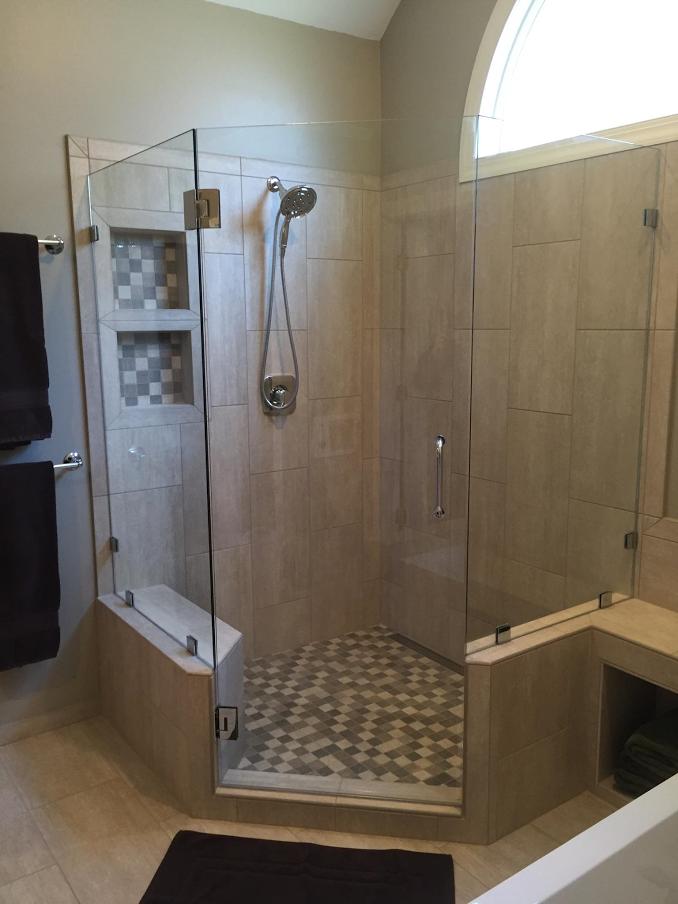 Frameless Line Drain Shower
