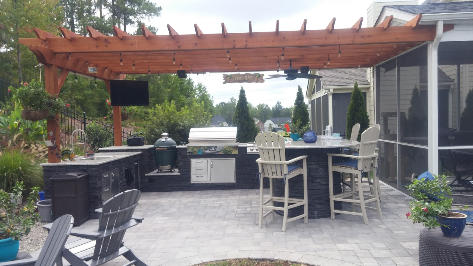 Outdoor Kitchen and Pergola After