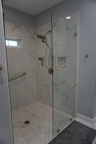 Curbless Walk In Shower