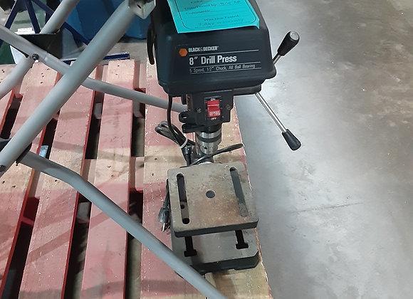 """Portage- 8"""" Drill Press Black n'Decker"""