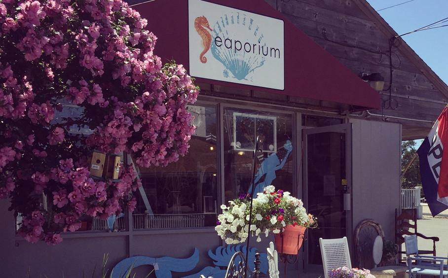 Seaporium Storefront