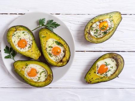 Petit déjeuner : œufs cocotte - avocat