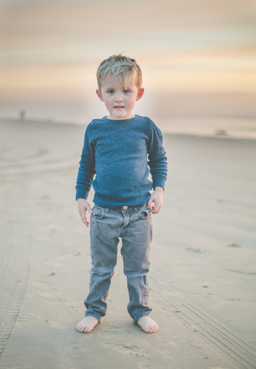 kids at beach-3.jpg
