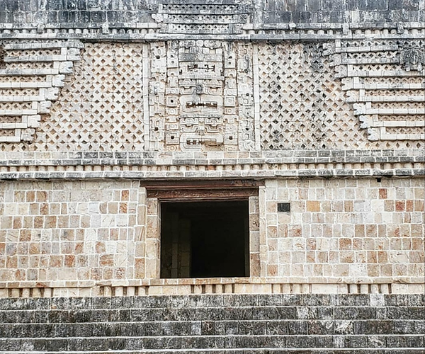 examples of canamayte patterns on mayan arquitecture