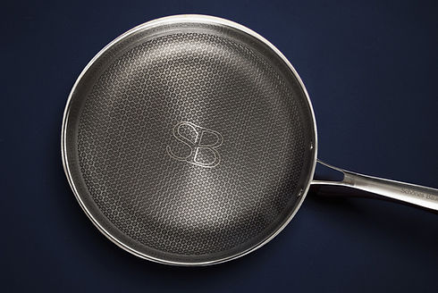 frying-pan-nonstick-stainlees-steel-schones-bauen