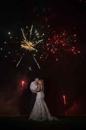 fireworknight_wedding.jpg