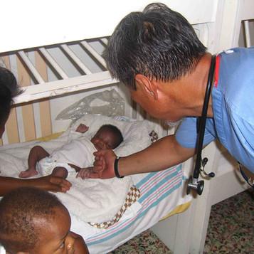 Haiti.Dr Choe. prematurebaby.jpg