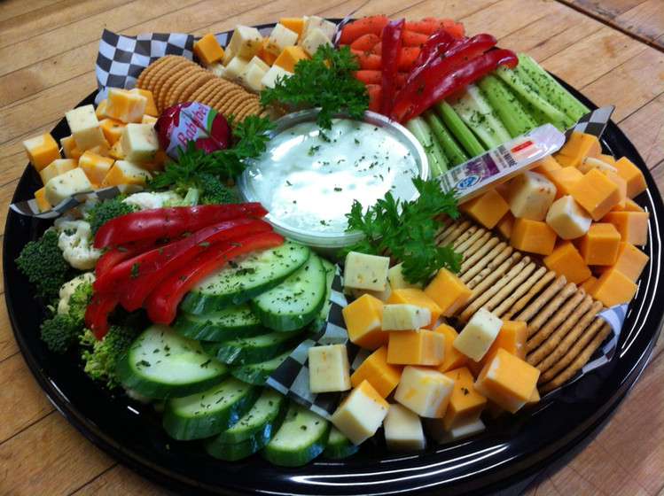 Veg & Dip with Cheese and Crackers