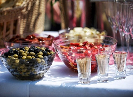 5 Tips on How to Budget for Your Next Catering Event in Mississauga