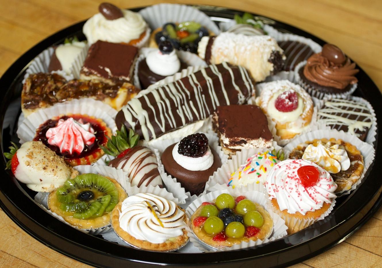 Petite Pastry Tray