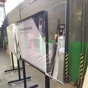 Quadro com vidro removível para o grupo Technip FMC