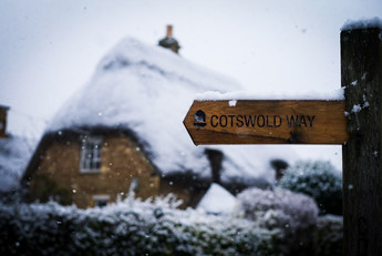 Cotswold Way in snowy Chipping Campden.