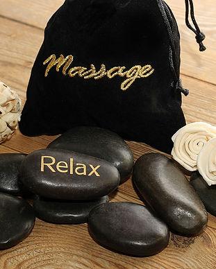 massage-3607837_1920.jpg