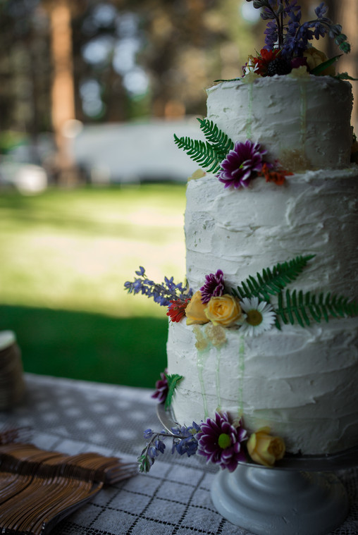Earl Gray Pound Cake, Lemon Mascarpone Filling and Lavender Honey Comb Buttercream